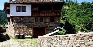 Eski Pomak Mimarisi ve Evleri