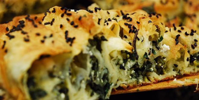 Taze soğanlı Patatesli , Peynir lorlu Pomak böreği